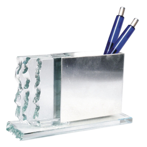 ozn-produz - Porta caneta com composição original, trabalhando lâminas.