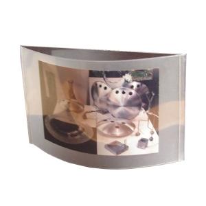 ozn-produz - Porta retrato com estrutura de alumínio e lâminas plásticas.