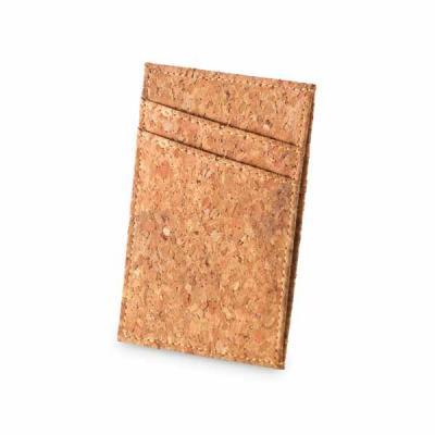 Cortiça. Com capacidade para 4 cartões e compartimento para notas. Fornecido em caixa kraft. 68 x...