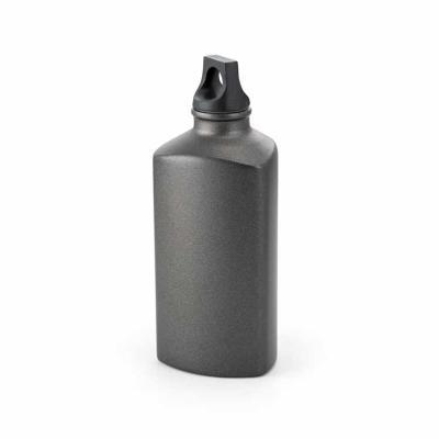 Alumínio. Com tampa em PP. Capacidade: 600 ml. Food grade. Caixa branca 94654 vendida opcionalmen...