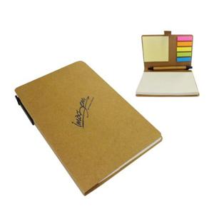 Bloco de anotações com adesivo e caneta reciclada.