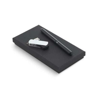 Esferográfica NEO em alumínio com ponteira touch em silicone. Pen drive em ABS com clipe em alumí...
