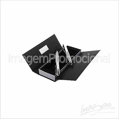 Conjunto de caneta e lapiseira, em metal