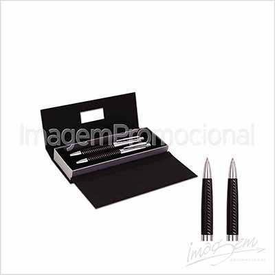 Conjunto de caneta e lapiseira de metal com detalhe em couro preto pespontado