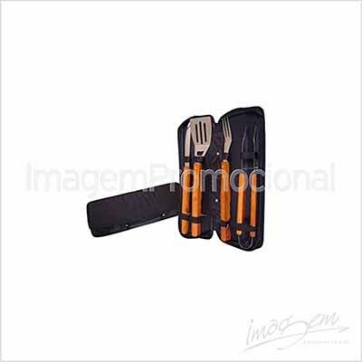 imagem-promocional - Kit churrasco com 04 peças.