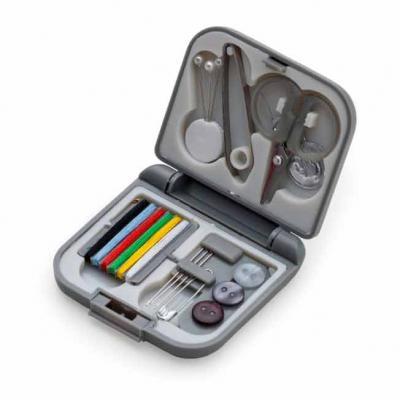 Kit costura de plástico resistente, possui frente e verso liso fosco e parte interna com suporte ...