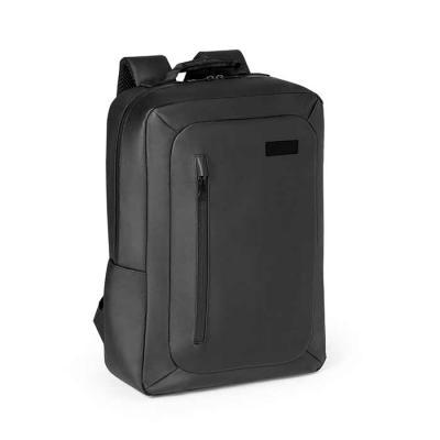 Poliéster 600D impermeável. Compartimento principal almofadado para notebook até 15.6''. Bolso fr...