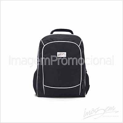 """Mochila porta notebook até 15"""" com 03 compartimentos."""