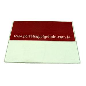 Pasta personalizada em PVC cristal, com aba e zíper de PVC (outras medidas, materiais e detalhes sob consulta). Medidas: 34 L x 25 A cm.