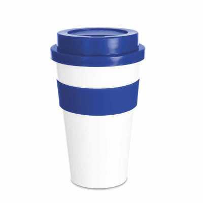 classic-pen-brindes - Copo plástico 480ml com tampa. Produzido em polipropileno e livre de BPA, o copo possui uma luva de silicone (removível) que impede a transferência de...
