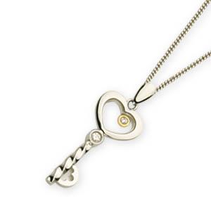 MKorn - Corrente com pingente em ouro branco, no formato de chave.