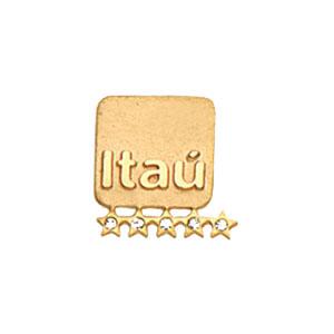 mkorn - Pin em ouro amarelo, com safira branca e impressão em alto relevo.