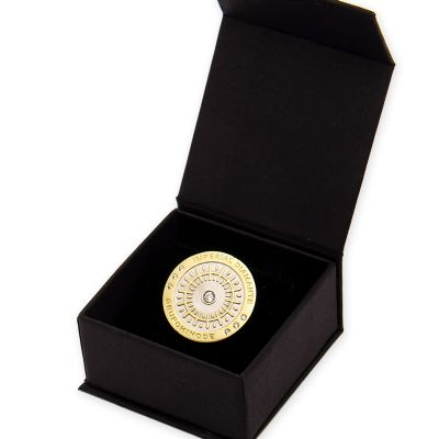 MKorn - Pin em ouro da Hinode