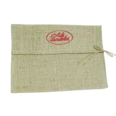 galeon-brindes-e-embalagens-promocionais - Envelope personalizado em juta natural - Medidas: 27 x 19 x 9 cm.