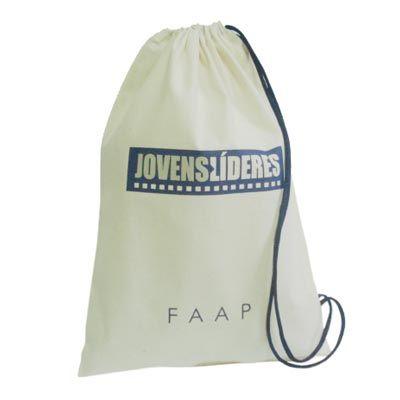 Galeon Brindes e Embalagens Promocionais - Mochila personalizado em algodão cru com silk.