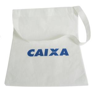 galeon-brindes-e-embalagens-promocionais - Sacola personalizada em TNT - Medidas: 33 x 40 cm, alça única e silk 1 cor.