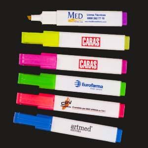 Tinta Mágica - Canetas marca texto com corpo quadrado.
