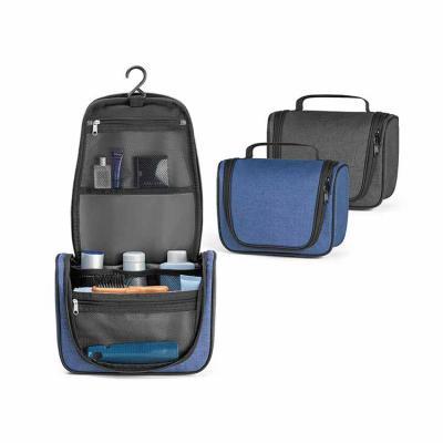 Necessaire personalizada de tecido 600D de alta densidade. Necessaire com vários bolsos interiore...