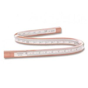 Trident - Régua flexível com escala.
