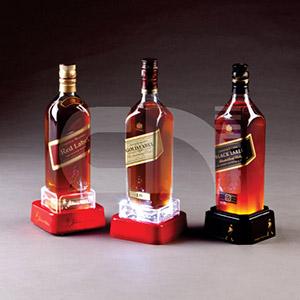 Porta garrafa em acrílico colorido e cristal