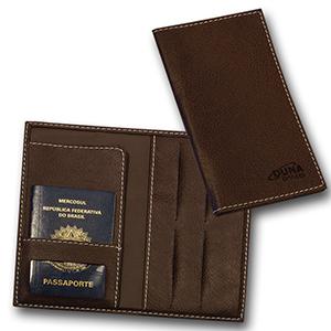 Porta-passaporte confeccionado em couro legítimo, sintético ou ecológico - Duna Brindes