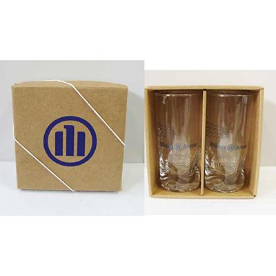 Kit com 2 copos 310ml amassadinho de vidro com embalagem papelão kraft.