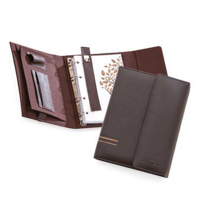Secoli Brindes - Agenda sintética com porta cartões e porta pen drive. Sua marca promovendo organização ao cliente!