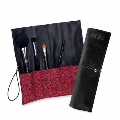 - Necessaire organizadora charmosa e prática, ideal para guardar e transportar maquiagens e pequenos itens, com fechamento por elástico, mantendo sua ma...