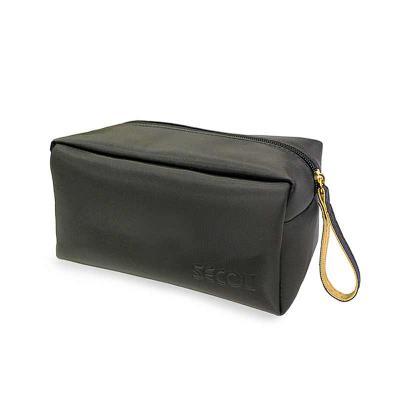 secoli-brindes - Necessaire elegante e prática, ideal para guardar no dia a dia seus pertences, além de transporta-los com segurança em viagens.