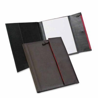 Secoli Brindes - Uma peça que armazena e mantém papéis e documentos organizados, aliando segurança à toda a praticidade proporcionada por esta pasta.