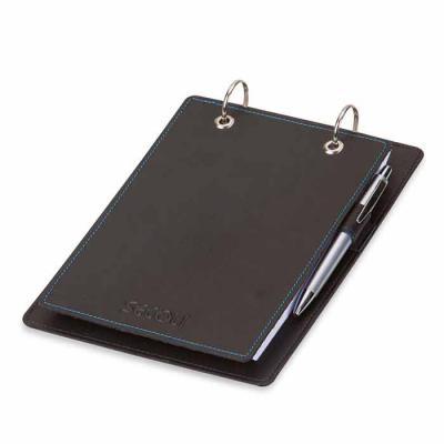Secoli Brindes - Porta bloco pratico e funcional com porta caneta, ideal para se manter em mesas e levar para reuniões, fixando sua marca no dia a dia do cliente.