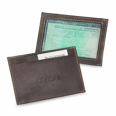 secoli-brindes - Porta documento simples e prático, facilita a vizualização do documento e mantém os cartões em fácil acesso.