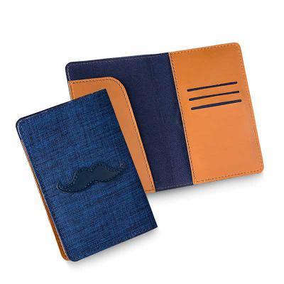 Secoli Brindes - Porta passaporte com base flexível, bolsos porta cartões e aba porta passaporte.Sua marca sempre em evidência!