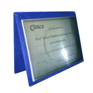 Acrilsid - Placa de homenagem personalizada em a�o escovado com capa de veludo. Homenageie seus clientes e parceiros de forma elegante e sofisticada, tornando se...