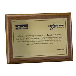Parceria - Placa de agradecimento em latão verniz cristal.