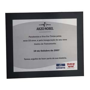 parceria - Placa de homenagem em aço inox, com gravação personalizada.
