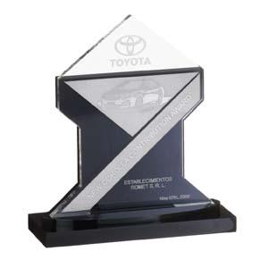 Parceria - Troféu em acrílico preto e acrílico cristal, com detalhes em aço.