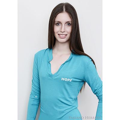 e714ce5dcc Blusa feminina em tecido Luna 100% viscose com gola padre. Aplicação ...
