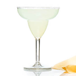 - Taça Margarita confeccionada em acrílico. Capacidade 360 ml, alta durabilidade e qualidade. Aprecie com estilo e qualidade, faça sua cotação!