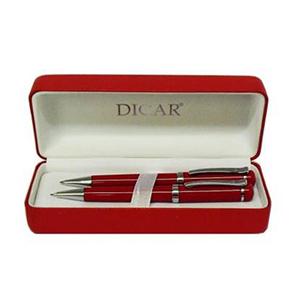 - Conjunto de caneta esferográfica e rollerball em laca vermelha, acompanha estojo especial (também na cor preta) personalizado.
