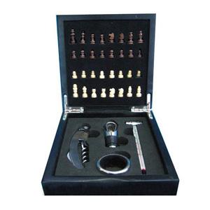 Crazy Ideas - Conjunto de vinho personalizado com abridor, tampador, termômetro e jogo de xadrez com tabuleiro na tampa da caixa.