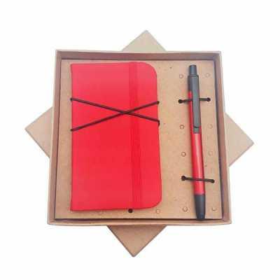 Crazy Ideas - Kit com bloco de anotação e caneta em caixa kraft.