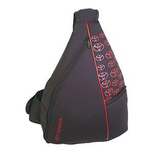 Mochila transversal personalizada em ecoprene, bolso frontal chapado com zíper, alça de ombro superior com porta celular - Medidas: 36 x 44 x 14 cm. - Crazy Ideas