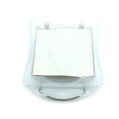 Bloco de anotações em plástico frosty branco. Pode ser usado sobre a mesa ou no quebra-sol do carro. Possui clipe metálico para fixação.  Incluso bloc...