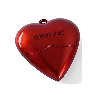 crazy-ideas - Pen drive 4GB em formato de coração.