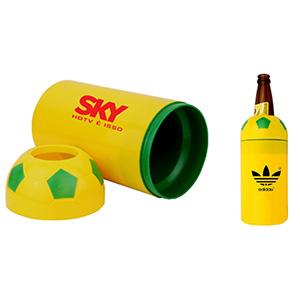 Porta garrafa com capacidade para 600 ml - formato bola de futebol - Crazy Ideas