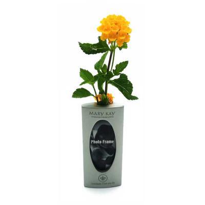 Vaso para flores em metal com porta retrato imantado.