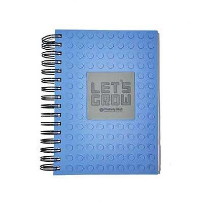 Caderno com capa emborrachada com relevo personalizado. - Bright and New