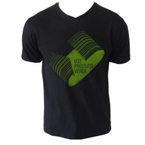 Camiseta personalizada simples colorida. Material: malha 50% poliéster reciclado e 50% algodão. Estampa aplicada diretamente na malha.
