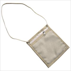 ecofabrica - Crachá ecológico personalizado, em lona de algodão color ou reciclada de cargas de caminhão - Com cordão roliço (cor a escolher).